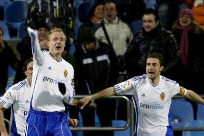 2-1. El Zaragoza toma aire y sale del descenso a costa del Athletic
