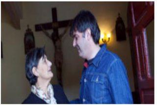 Un cura asturiano cuelga los hábitos para ser candidato a la Presidencia regional