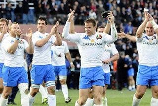 Rugby: Italia deshonra a Francia
