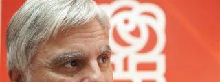 Pérez (PSOE) enchufa a su hijo en la empresa Global