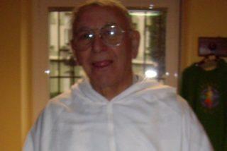 El Padre Cosmen, con 80 años, al frente de la parroquia de Caleruega