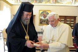 El papa y Crisóstomos analizan la situación de los cristianos en Orinte Medio