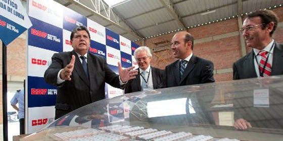 Mandatario pide calma a peruanos ante alerta de tsunami