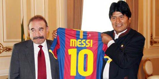 Evo Morales subastará una camiseta de Leo Messi