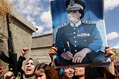 Pilotos franceses pulverizan un avión de Gadafi que violó la zona de exclusión