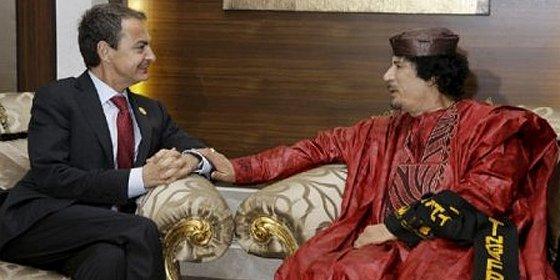 Zapatero entre Gadafi y la pared