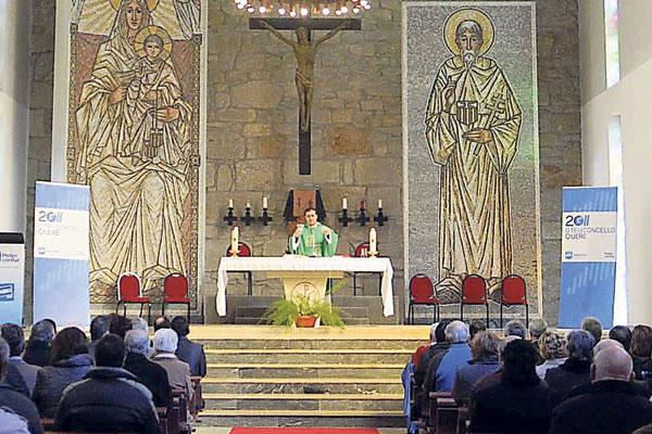 El PP de Poio hace campaña dentro de la iglesia