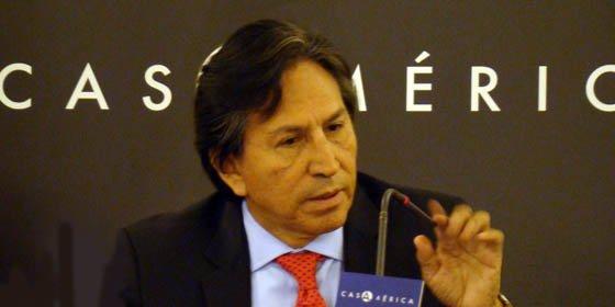Alejandro Toledo pide a Hugo Chávez no interferir en elecciones peruanas