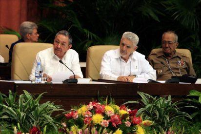 El Partido Comunista cubano aprueba las reformas económicas de Raúl Castro