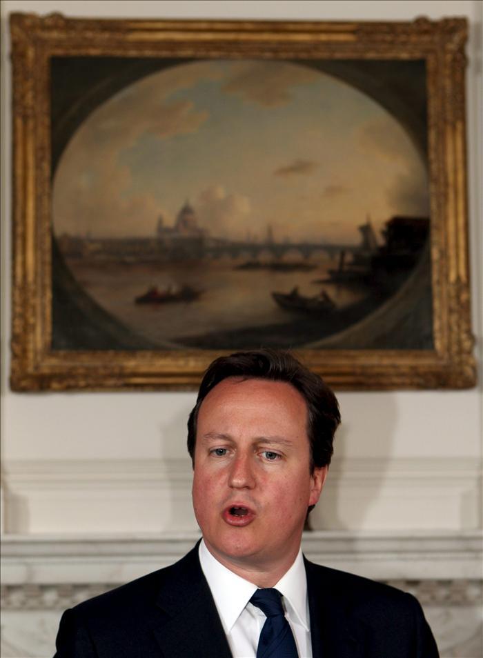Cameron descarta que las fuerzas británicas lleguen a ocupar Libia