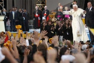 Benedicto XVI afirma que algunas formas de religiosidad popular