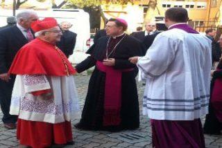 El cardenal Estepa toma posesión de su parroquia romana