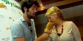 Mercedes Milá le agarra el 'paquete' al reportero de 'SLQH' y le come los morros: