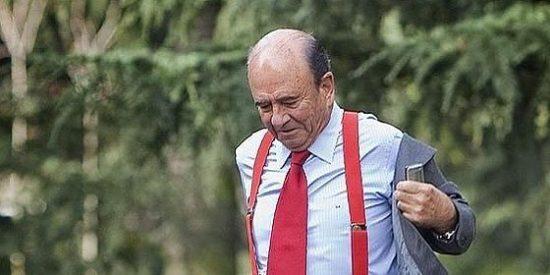 Alfredo Sáenz ganó 9,17 millones de sueldo en 2010 y su jefe Botín 3,86 millones, un 3,2% menos