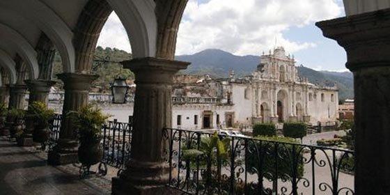 Centroamérica aspira a atraer diez millones de turistas en 2012