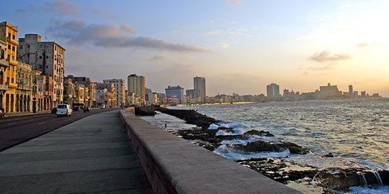 Cuba, en alerta por huracanes y el aumento de los precios de los alimentos
