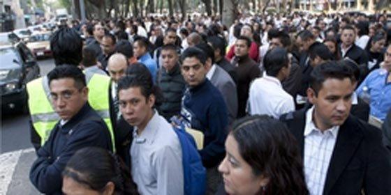 Sismo de 6.5 grados Richter remece la capital de México