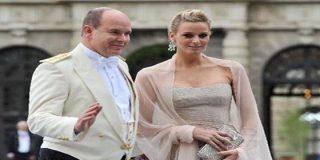 """Karl Lagerfeld urge a Alberto de Mónaco a adelgazar si quiere """"entrar"""" en su traje de boda"""