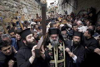 El Santo Sepulcro alberga el rito del fuego sagrado