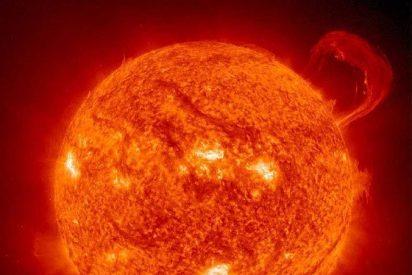 Aparecen gigantescas manchas en la superficie del Sol 