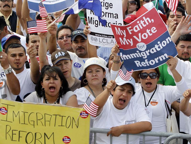 Obama propone una amplia reforma en materia migratoria