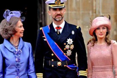 """Peñafiel: """"Letizia, en su extrema delgadez, no puede dejar al descubierto sus esqueléticos brazos"""""""