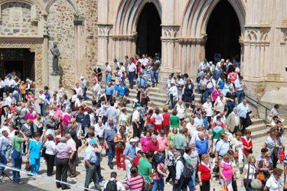 Más de 3.000 personas reivindican que Guadalupe pase a la iglesia extremeña