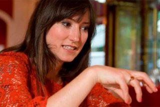 Charlotte Roche, maciza presentadora de televisión, ofreció sexo al presidente alemán si vetaba la energía nuclear