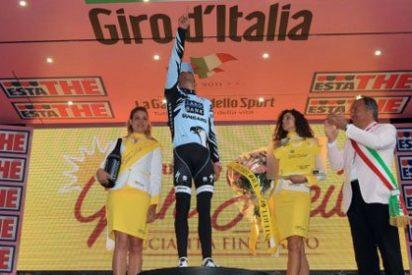 Contador gana la cronoescalada y se lo dedica a Xavi Tondo