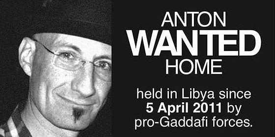 Los sicarios de Gadafi mataron a tiros a un fotógrafo del convoy en que iba Manu Brabo