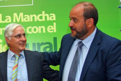 'Adjudicaciones Barreda S.A.' otorga ilegalmente a la familia del consejero Martínez Guijarro una obra millonaria