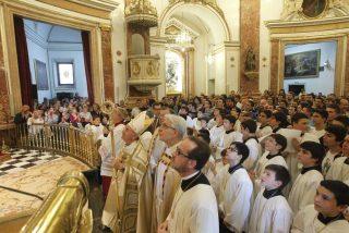 """El Nuncio invita a evitar """"la tentación constante del materialismo"""""""