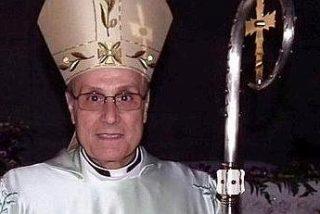 El obispo se viste de Armani