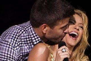 Shakira pone a mover las caderas a los jugadores del Barça en su concierto de Barcelona