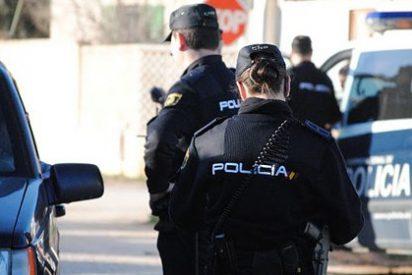 Espeluznante asesinato en Madrid: apuñalan a un hombre en el cuello mientras regresaba a casa con su mujer