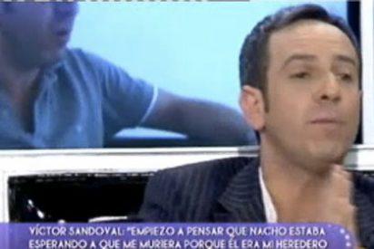 """Víctor Sandoval hace pública en 'Sálvame' la denuncia por """"malos tratos"""" que ha puesto contra su marido"""