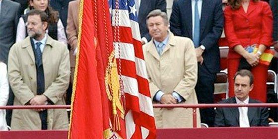 Del Zapatero que se quedó sentado al paso de la bandera norteamericana al que aplaude la ejecución de Bin Laden