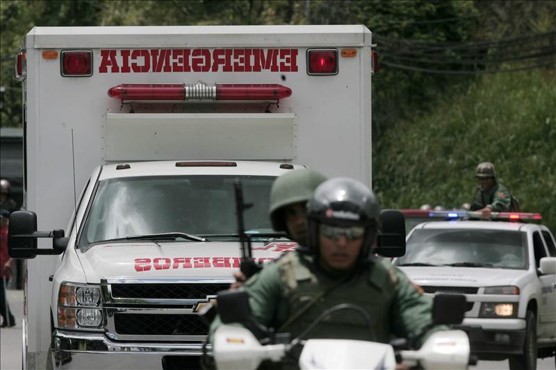 El Gobierno venezolano no descarta más muertos en una cárcel cercana a Caracas