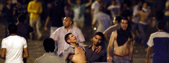 Varios heridos en choques entre policía egipcia y manifestantes en Tahrir
