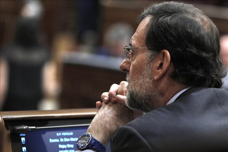 """Rajoy insiste en """"pasar página"""" para que """"empecemos a gobernar"""""""