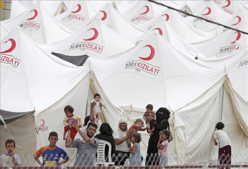Al menos 6 muertos en área fronteriza en el norte de Siria, según opositores