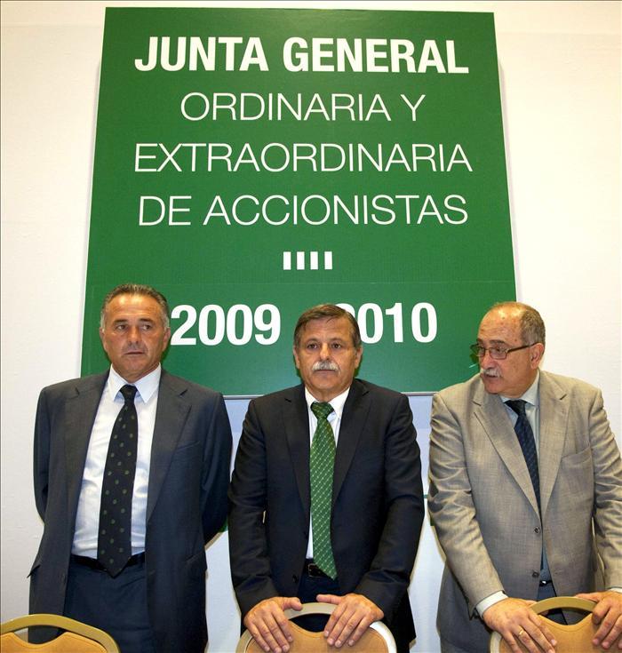 Rafael Gordillo deja de ser presidente del Betis y el cargo lo ocupa Miguel Guillén