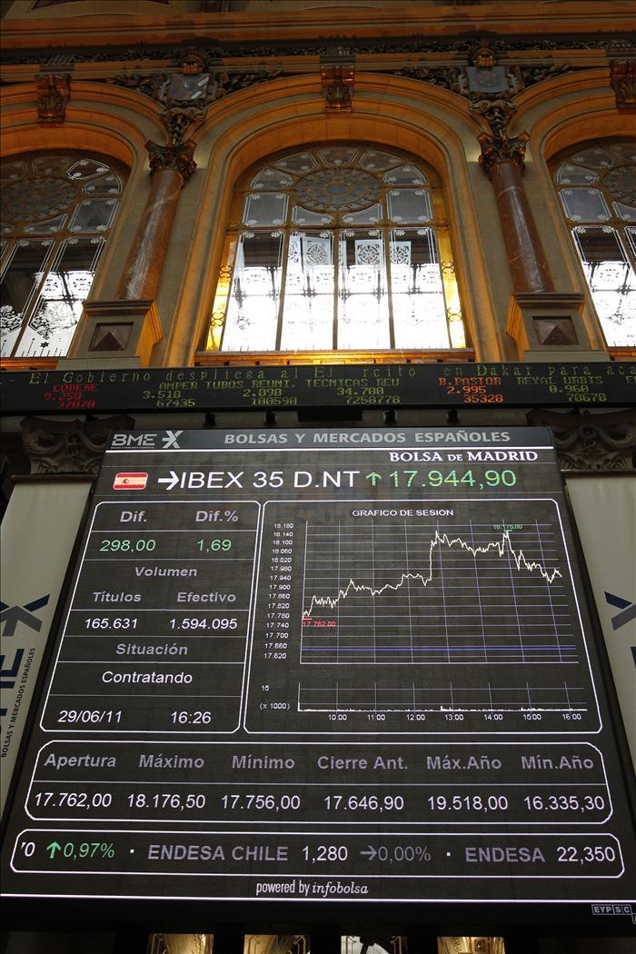 El IBEX 35 sigue optimista por el acuerdo griego y se alza el 2,13 por ciento al cierre