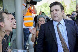 Políticos catalanes culpan a 'infiltrados españoles' del cerco al Parlament y del aquelarre en Barcelona