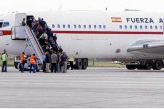 El Gobierno despilfarra 600.000 euros en el cátering de los Falcon