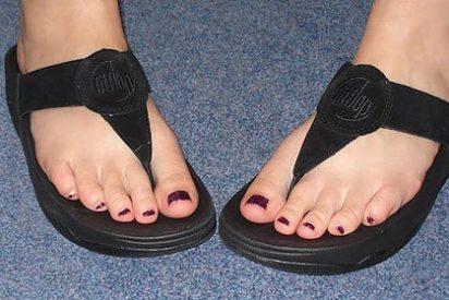 ¿Son sanas y adelgazan las chancletas 'fitflops' o te destrozan los pies?