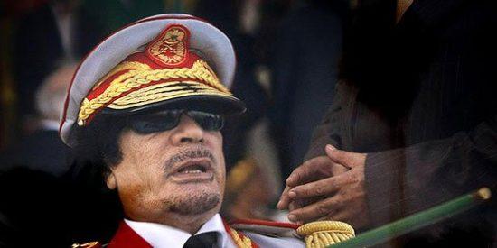 La Haya ordena el arresto de Gadafi, su hijo Saif al Islam y su cuñado