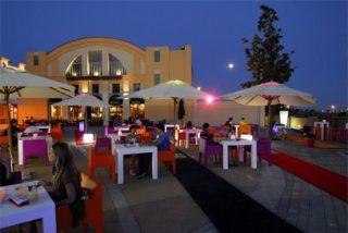 Boogie Colors Terrace, la nueva terraza de Las Rozas Village