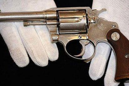 ¿Pagaría 76.000 euros por el revólver de Al Capone?