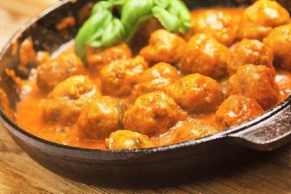 Albóndigas de pollo en salsa fáciles👌